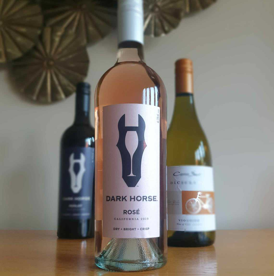 A bottle of Dark Horse Rosé wine. The Best Foodie Mother's Day Gifts.