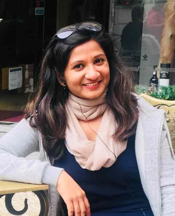 Ridima travel blogger
