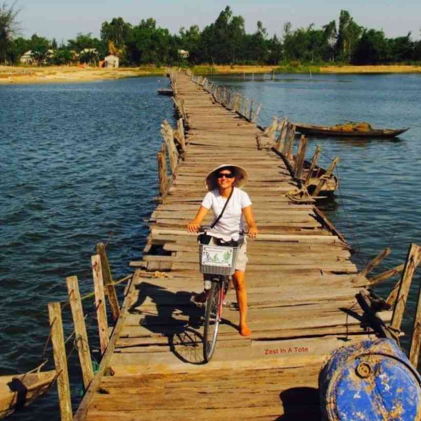 Vietnam travel blogger