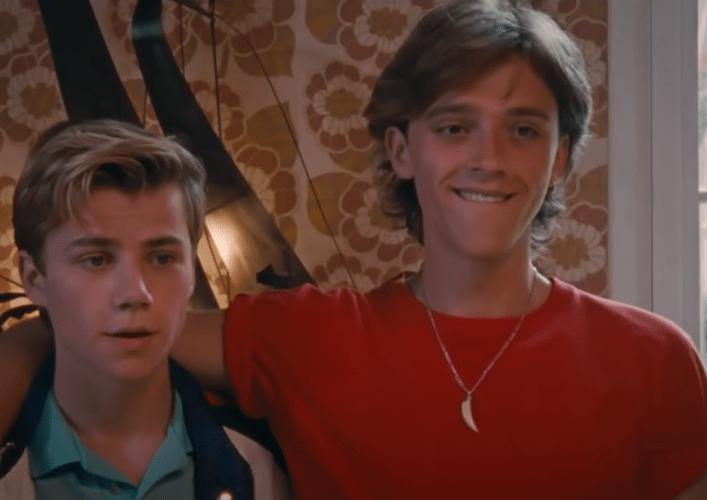 Alexis Robin joué par Félix Lefebvre et David Gorman joué par Benjamin Voisin dans le film Eté 85 de François Ozon sorti en 2020