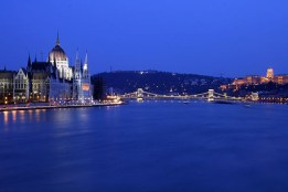 footer Budapest_Night_Parlament_2