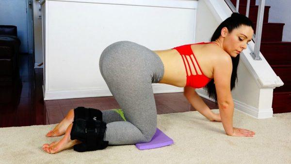 squats-viktoria-kay-butt-transformation-com-photo-e76au5leom4-1