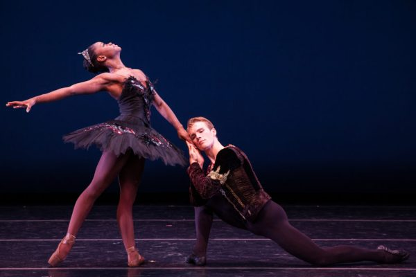 michaela marinaharss.com dutch black-swan-1-michaela-deprince-and-sam-wilson-photo-by-matthew-murphy-1