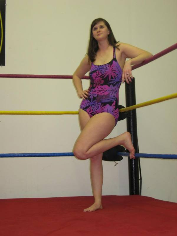 fciwomenswrestling.com article, photobucket.com photo