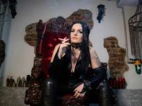 mistress-KIKO_d400