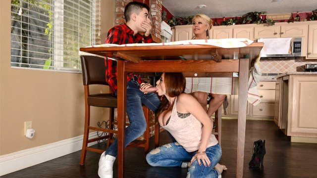 Moms Friend Grabbed My Cock Under The Table And Made Me Fuck Her Hard Xxx Femefun