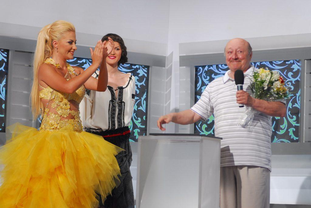 Marin Moraru, în 2009, pe scena Premiilor Confidențial