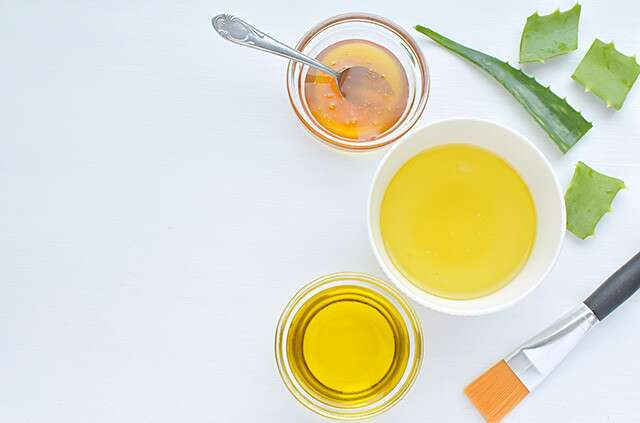 Aloe Vera, Olive Oil and Egg Hair Mask