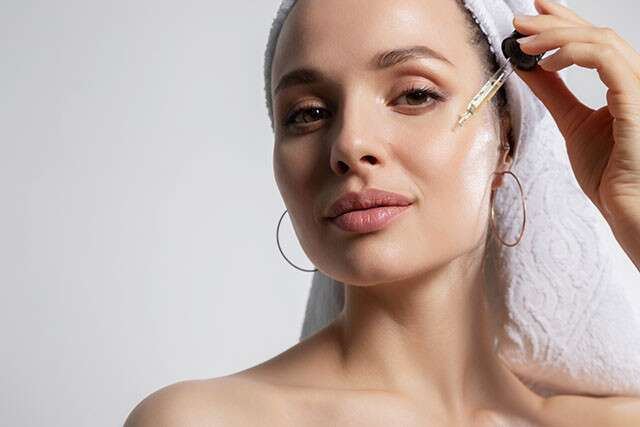 Moisturise Skin With Vitamin Serums