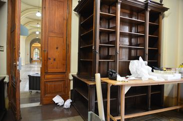 O Museu Paulista, também conhecido como Museu do Ipiranga, está fechado desde 2013 e aguarda verba para as obras de restauração e modernização.