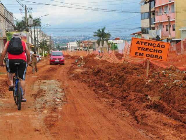 Falta 1,4 km para concluir pavimentação das ruas
