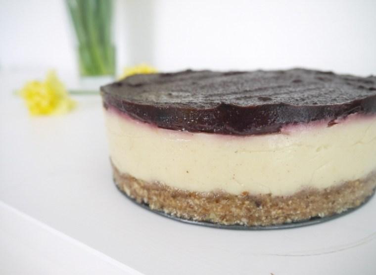 Így nézett ki a torta még a csokimáz előtt.