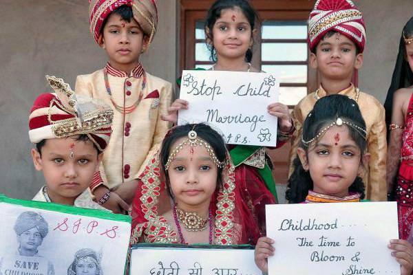 नाबालिग़ पत्नी से शारीरिक संबंध के फैसले से बदलेगा समाज?Feminism In India