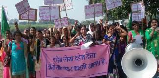 सशक्त व्यक्तित्व की जिंदा मिशाल है गाँव की ये महिलाएं | Feminism In India