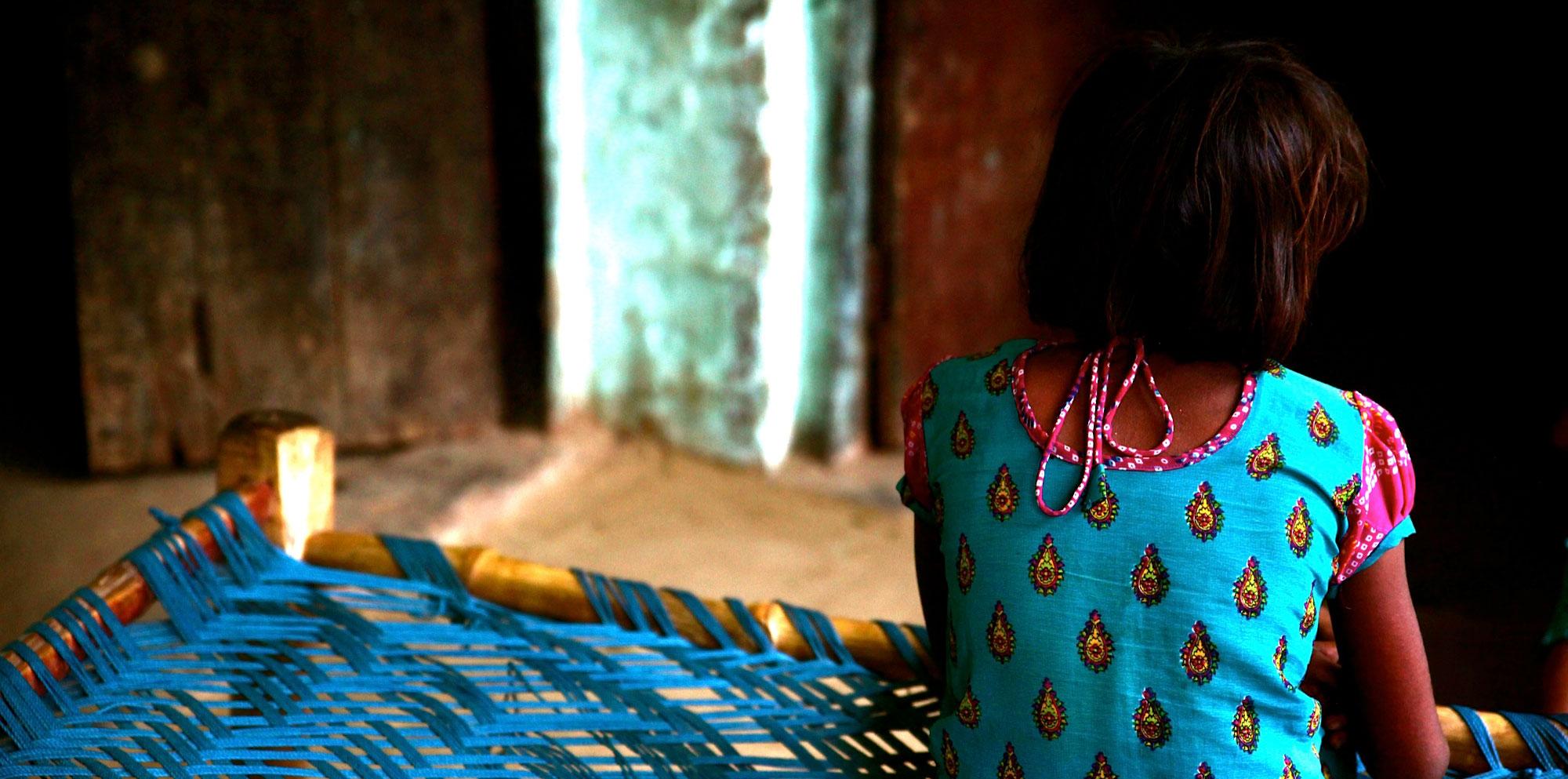 बाल यौन शोषण से कैसे करें बचाव? आइये जाने | Feminism In India