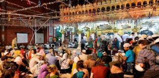 Muslim Women Demand Their Rightful Entry Into The Inner Sanctum Sanctorum Of Nizamuddin Auliya Dargah