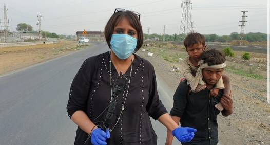 Barkha Dutt covering the plight of labouer