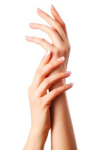 Jaki manicure na ślub lub dużą imprezę?