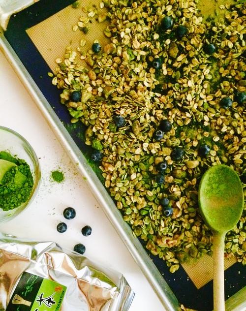 Green Matcha Granola