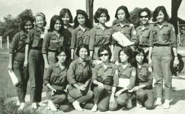 https://i1.wp.com/femmes-guerres.ens-lyon.fr/IMG/jpg/nuquannhanvnch6.jpg