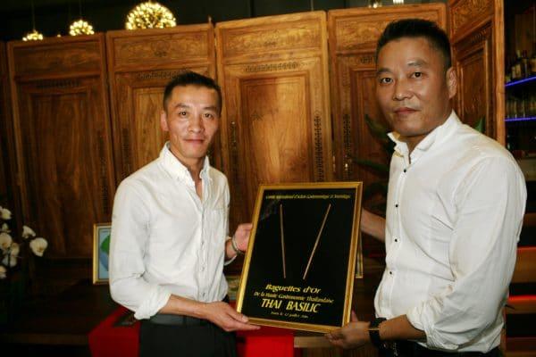 les deux freres du resto basilc thai