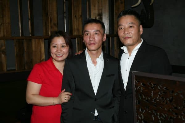 le patron du bzsilic thai sa femme et son frere