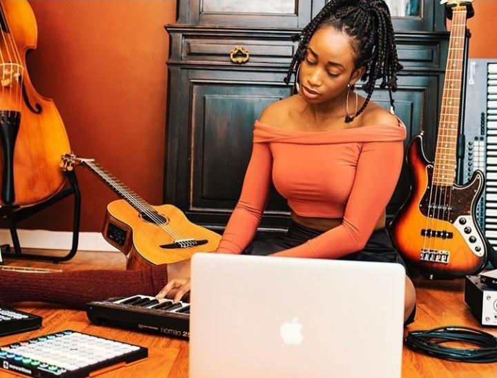 Saina Manotte : « La femme est plurielle et riche… »