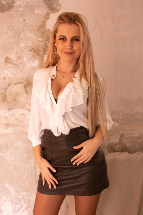 Margo femme foulard russe
