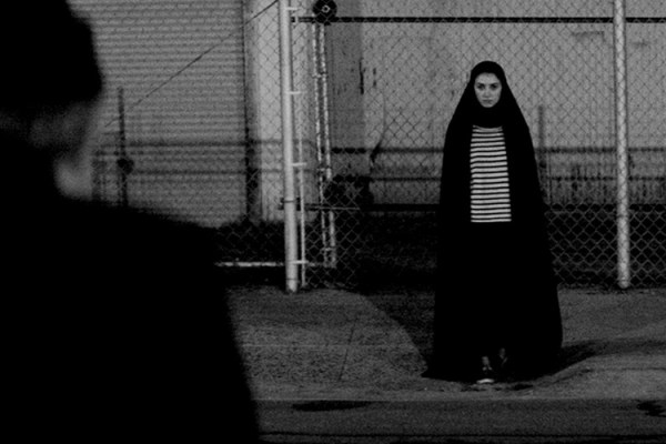 A Girl Walks Home Alone at Night (Ana Lily Amirpour,2014): An Absolute Feminist Masterpiece