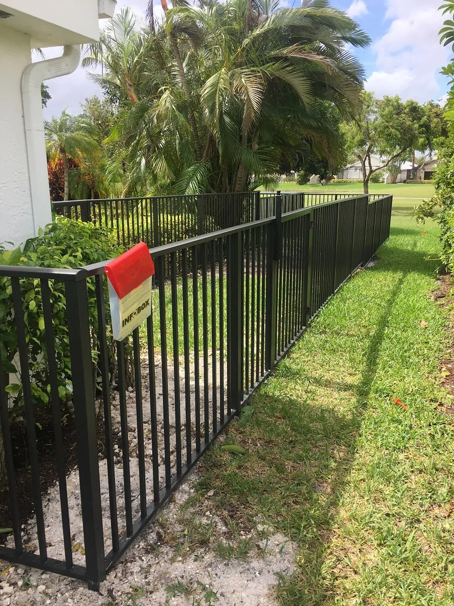 laredo best residential and commercial fence contractor