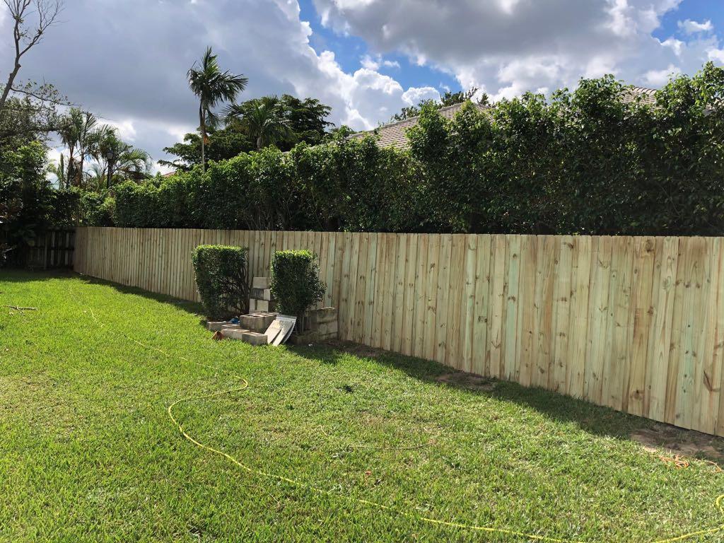 Backyard Fence Company backyard fence installation services in pompano