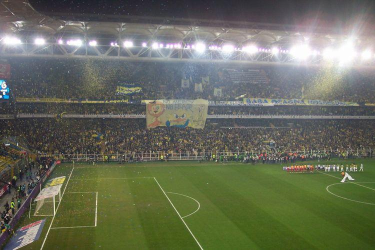 Fenerbahçe tribünlerindeki asıl gerçekler!
