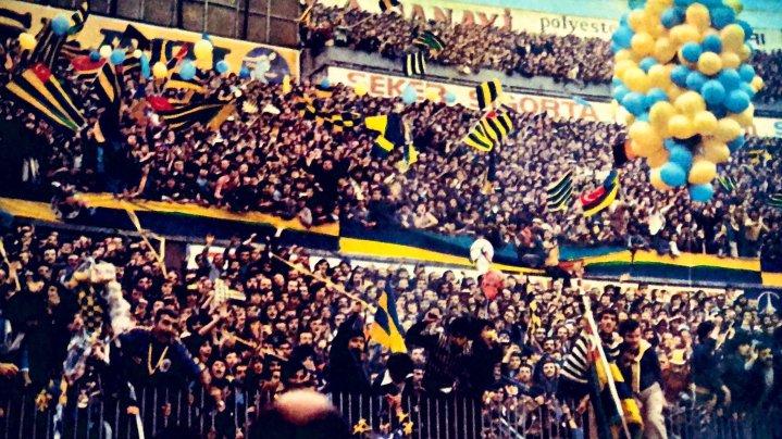 İnsanı Uykusuz Bırakan Bir Sevda Fenerbahçe