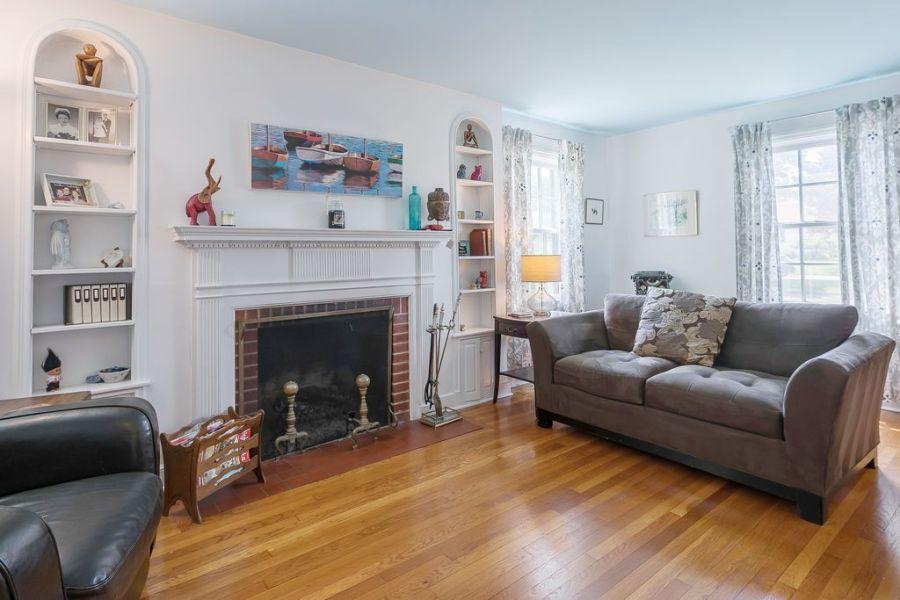 Living Room Hilltop After