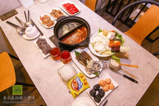 原創屋石頭火鍋【桃園美食】|無油煙炒好才端上來的石頭火鍋;堅持自己花時間做火鍋料的店家