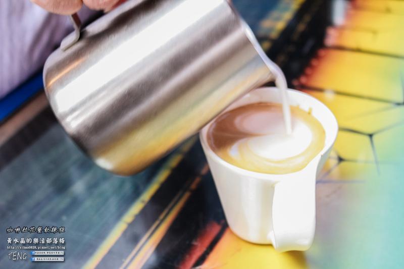 受保護的文章:咖啡餐飲教學課程【台中咖啡課程】| 畢書盡的戲劇咖啡指導老師,榮獲2016手沖咖啡季軍。 @黃水晶的瘋台灣味