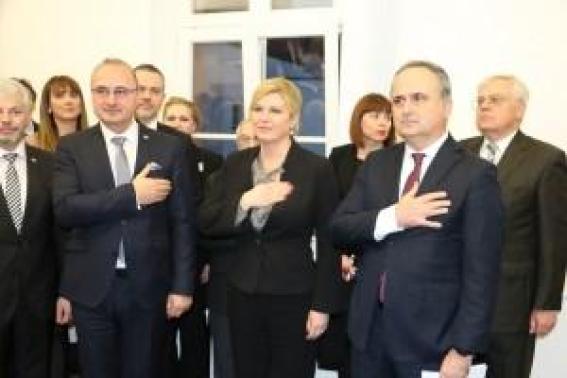 Ministar vanjskih i europskih poslova Gordan Grlić Radman, predsjednica RH Kolinda Grabar Kitarović i veleposlanik RH u Njemačkoj Gordan Bakota