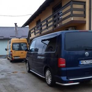 Dva kombija pomoći za Petrinju iz Neu-Isenburga / Foto: Fenix