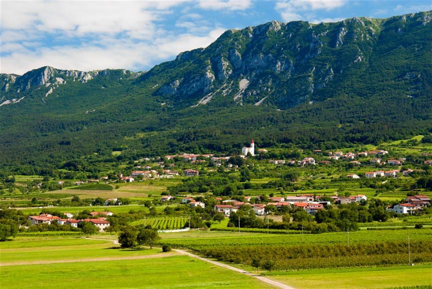9 Vipava Valley, Slovenia