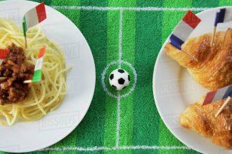 Italy vs France plates.