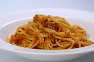 Western-style spaghetti bolognese.