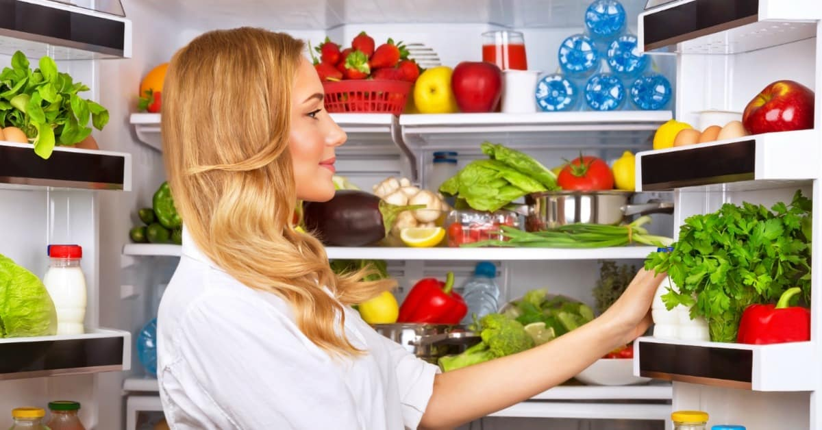 10 Easy Refrigerator Organization Hacks That Make It Easy To Find Everything.