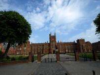 Belfast, Queens University