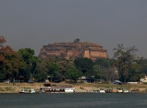 Mingun et la pagode inachevée