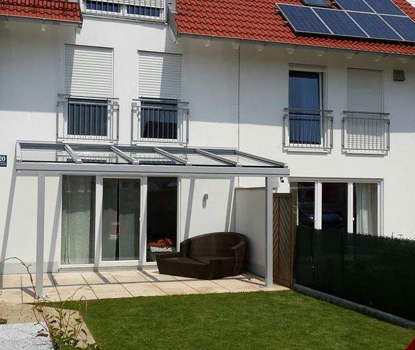Terrassenueberdachung-Alu-Glas-Sicherheitslas-Terrassenüberdachung-Terrassendach