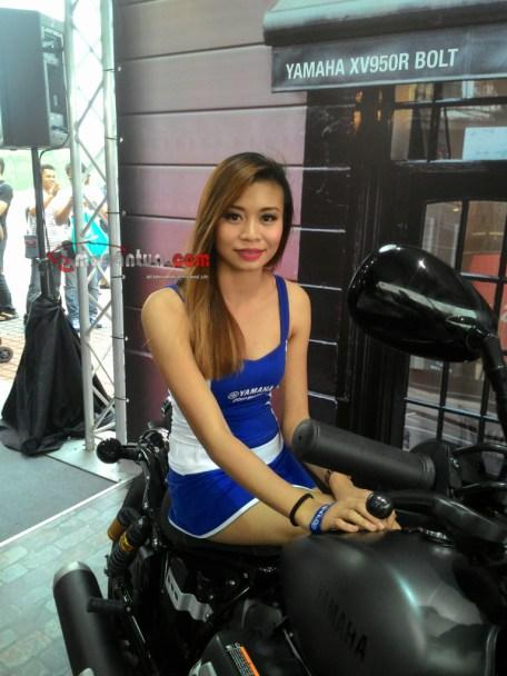 wpid-wpid-spg-sexy-yamaha-motogp-sepang-2015-3-macantua-com_-jpg.jpeg