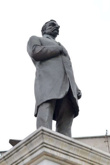 Statuie Lascar (2)