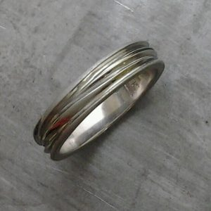 custom wedding ring with engraving
