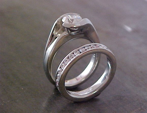 solitaire custom engagement ring and matching wedding band