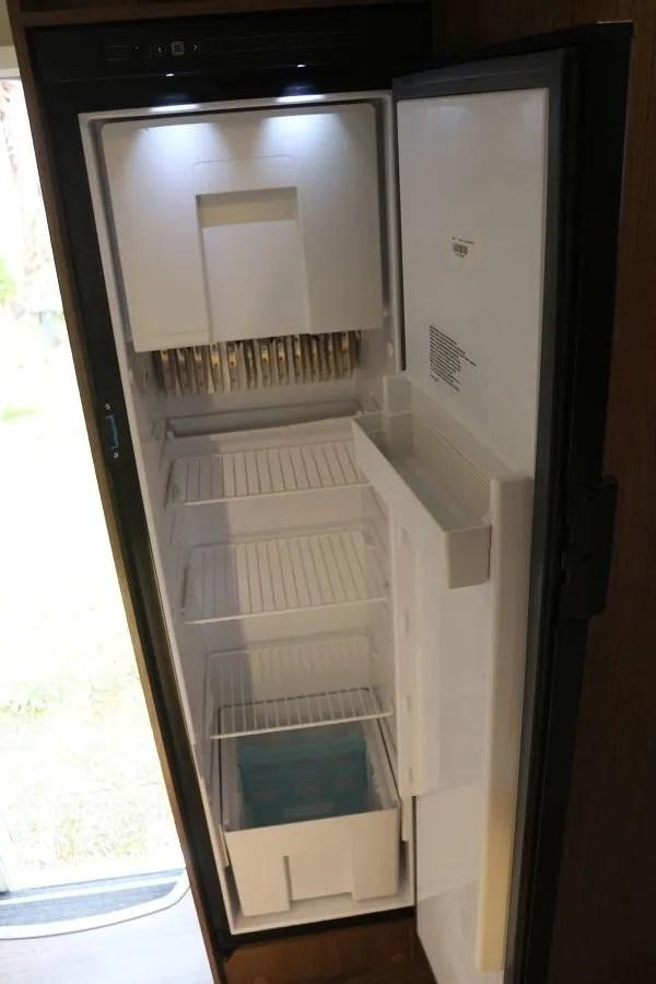 Großer Kühlschrank - Ferienwohnung Riedblick Bodensee